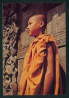 BIRMANIE / RELIGION - MANDALAY - Jeune Moine Dans Un Monastère De La Ville Religieuse - Carte Postale - Religions & Beliefs
