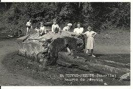 MOYEUVRE-PETITE. SOURCE DE PEROTIN. CARTE PHOTO - Francia