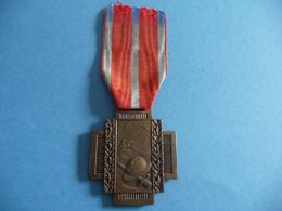 Croix Du Feu De La Grande Guerre 1914 1918 Du Second Modèle - Belgique