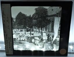 ARS LA FETE DE L'EGLISE PROCESSION ENFANTS DE COEUR CURE 01 AIN RELIGION PLAQUE DE VERRE - Ars-sur-Formans