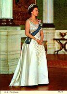 > Familles Royales  H.M.THE  QUEN   ////  LOT  570 - Koninklijke Families