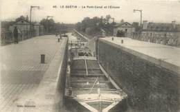 18 , LE GUETIN , Pont Canal Et L'écluse ( Batellerie ) , *  453 56 - Otros Municipios
