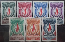 2586 - 1969/1975 - TIMBRES DE SERVICE - UNESCO - (SERIE COMPLETE) - N°39 à 45 NEUFS** - Cote (2020) : 12,50 € - Service