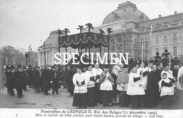 Funérailles De Léopold II Rois Des Belges - Mise En Marche Du Char Funèbre Pour Saint-Gudule - Personaggi Famosi