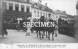 Funérailles De Léopold II Rois Des Belges - Voiture De La Cour Affectée Au Service De La Princesse Louise - Personaggi Famosi