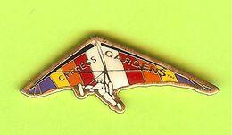 Pin's Deltaplane Cypress Gardens - 8A04 - Pin's