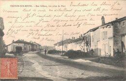 55 TROYON SUR MEUSE Rue Gillons Vue Prise Du Pont - Other Municipalities