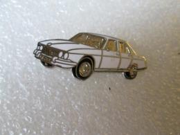 PIN'S      BMW   2800   Email Grand Feu - BMW