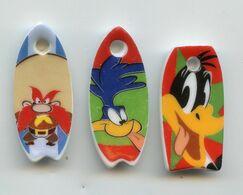 """FEVE -  """"PENDENTIF SKATE SURF"""" -  LOT DE 3 FEVES DIFFERENTES - Cartoons"""