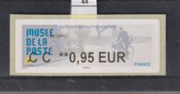 **** Musée De La Poste Facteur à Bicyclette Ers 1950   (44)  25/45 - 2010-... Illustrated Franking Labels