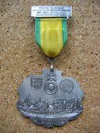 Médaille De La Ville De OFFENBOURG En 1646, Marche Populaire Franco-Allemande En 1976 - Army