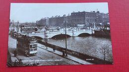 Dublin.BURGH QUAY AND RIVER LIFFEY - Dublin