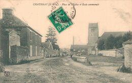 28 CHATENAY  Place De L'Eglise Et Ecole Communale - Other Municipalities