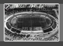 CARTE DE STADE . UTRECHT  PAYS-BAS  STADION  GALGENWAARD 1975. #  DM. 034 - Fútbol