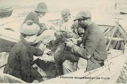 13 * Marseille - Pêcheurs Raccomodant Les Filets - Ambachten