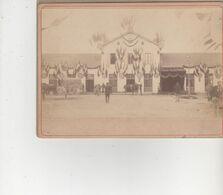 PHOTO SUR CARTON MIRECOURT  AVENT 1900 FORMAT 16X22 LA GARE EN FETE - Frankreich