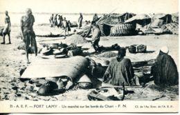 N°3473 R -cpa Fort Lamy -un Marché Sur Les Bords Du Chari- - Chad