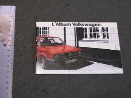 """ALBUM VOLKSWAGEN DES MODELES 1982 + CPA SCHTROUMPH """"J'AIME PAS LA GOLF """" - Publicidad"""