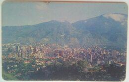 Venezuela Caracas In Green Letters Reverse Bs.500 - Venezuela