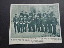 """Origineel Knipsel ( 6445 ) Uit Tijdschrift """"  De Stad """"  1936 :  Pompier   Pompiers  Sint Gillis - Dendermonde - Alte Papiere"""