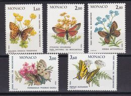D219 / MONACO / LOT N° 1420/1424 NEUF** COTE 15.50€ - Collections, Lots & Séries