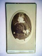PHOTO CDV 19 EME BEBE ENFANT ET SON  JOUET CHIEN  MODE  Cabinet PLUBEL A EPINAL - Oud (voor 1900)