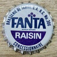 CAPSULE BRASSERIE DE TAHITI S.A. R.C. N° 306 FANTA RAISIN CONCESSIONNAIRE MARQUE DEPOSE - Soda