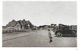 76    Dieppe         Le Golf    Le Club-house - Dieppe