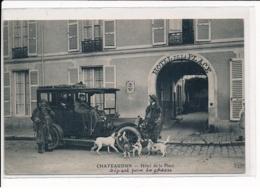 CHATEAUDUN : Hôtel De Place, Départ Pour A Chasse - Très Bon état - Chateaudun