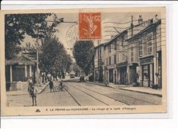 LA PENNE-sur-HUVEAUNE : Le Village Et La Route D'Aubagne - Très Bon état - Otros Municipios