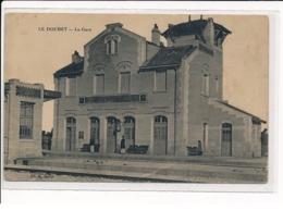 LE DOUHET : La Gare - Très Bon état - Autres Communes