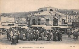 LES ANDELYS - Le Grand Andely - Le Marché - Les Andelys