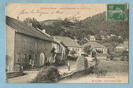 UR0017  CPA    LUSSE  (Vosges)  Les Trois Maisons    ++++ - Other Municipalities