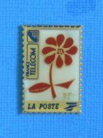 1 PIN'S // ** FRANCE TÉLÉCOM / LA POSTE 92 ** - Post