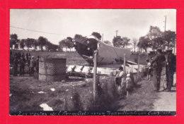 Aviation-611Ph113  Carte Photo, Les Restes De L'ARC EN CIEL, Avion Transatlantique, COUZINET, Animation, BE - 1939-1945: 2nd War