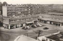BONDY (93) Le Centre Commercial De Lattre De Tassigny - Bondy