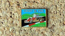 Pin's KART Circuit Karting De PERS Le Lissartel (Cantal) - Peint Cloisonné - Fabricant Inconnu - Rallye