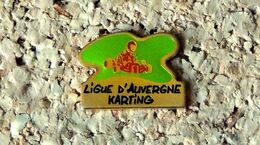 Pin's KART Ligue D'Auvergne De Karting - Verni époxy - Fabricant Inconnu - Rallye