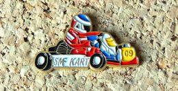 Pin's KART SMF Karting - Peint Cloisonné - Fabricant Inconnu - Rallye