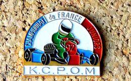 Pin's KART Championnat De France Karting JUNIORS 1992 KCPOM - Peint Cloisonné - Fabricant Inconnu - Rallye