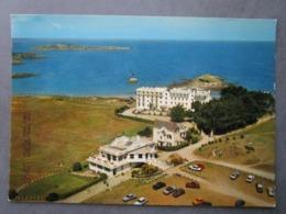 CP 35 SAINT BRIAC - DINARD -  Le GOLF Et La Maison De La Joie  - Green  Le Parking Voitures Des Golfeurs 1970 - Saint-Briac