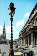 54 - NANCY Place De La Carriere - Palais Du Gouvernement... Voitures Renault R8, 4CV... - Nancy