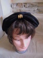 Ancien - Chapeau De Femme Feutre Noir Années 50 - Headdresses, Hats, Caps