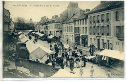 27 PACY Sur EURE Photo A.L - Jour De Marché Dans Grande Rue Marchands Vetements 1910    /D19-2017 - Pacy-sur-Eure