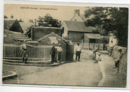 45 DOUCHY La Fontaine St Jean Villageois Rue écrite Timbrée En 1909-  Edit Vincent  D15 2020 - Andere Gemeenten