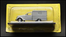 """BOITES A TIMBRES. Voitures. """"Peugeot 202 Fourgonnette 1946"""", éd. Musée De La Poste. - TB - Boites A Timbres"""