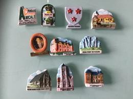 Collection De 10 Fèves Ville De Rugles ( Eure ) - Regiones