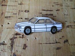 PIN'S    BMW   E 30   Email Grand Feu - BMW