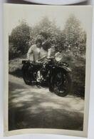 Photographie Ancienne Moto Immatriculée 66995RC1 Couple - Fotos