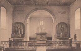 Matagne La Petite Intérieur De La Chapelle - Le Christ Surmontant Le Maître-autel Est Du XVIe Siècle - Doische